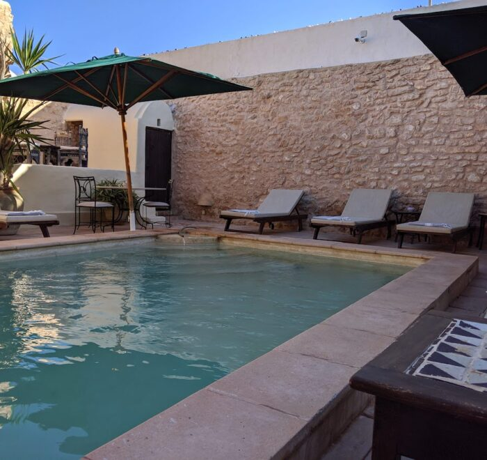 Outdoor Swimming Pool at the Dar Dhiafa Guesthouse