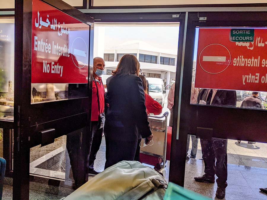tunis airport bus transfer to hotel